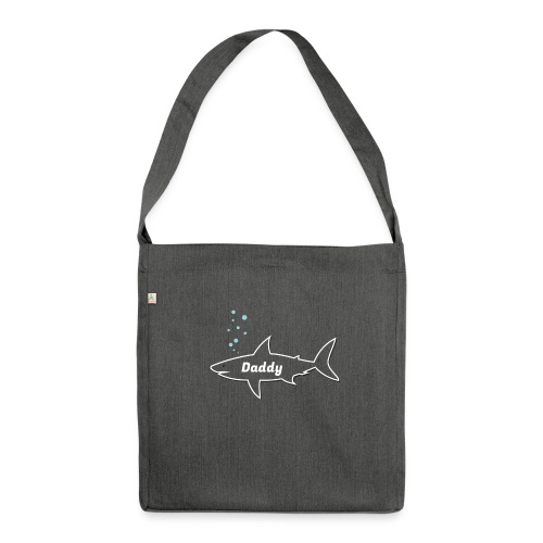 Daddy shark - matching outfit fathersday gift - Schultertasche aus Recycling-Material