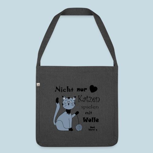 Nicht nur Katzen spielen mit Wolle - Schultertasche aus Recycling-Material