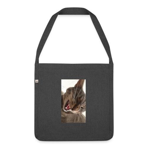 Cat Bag - Axelväska av återvinningsmaterial