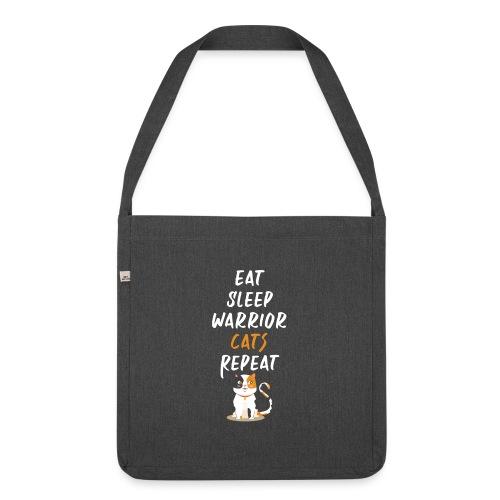 Eat sleep warrior cats repeat - Sac bandoulière 100 % recyclé