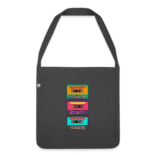 Colorful Cassettes row - Axelväska av återvinningsmaterial