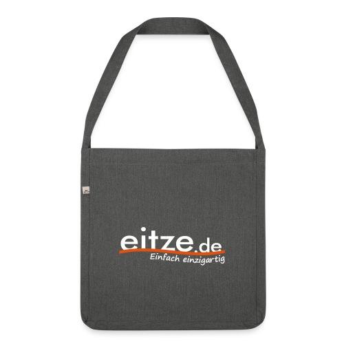 eitze.de Logo weiss - Schultertasche aus Recycling-Material