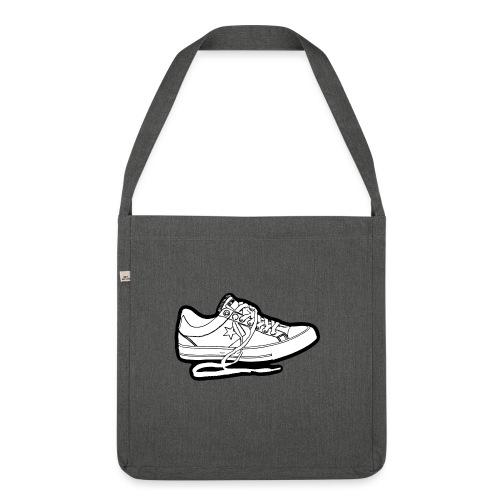 sneaker1 - Axelväska av återvinningsmaterial