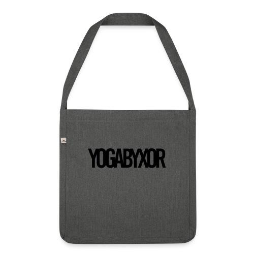 yogabyxor1 - Axelväska av återvinningsmaterial