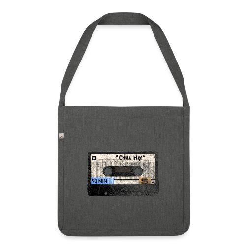 Music cassette chill mix - Skuldertaske af recycling-material