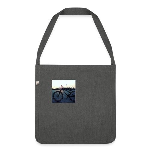 Motyw 2 - Torba na ramię z materiału recyklingowego