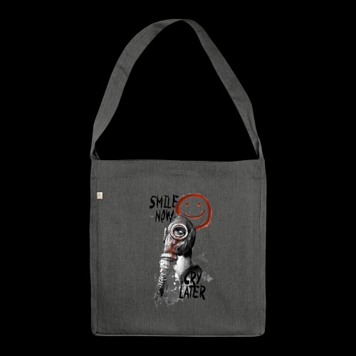 Smile now - Schultertasche aus Recycling-Material