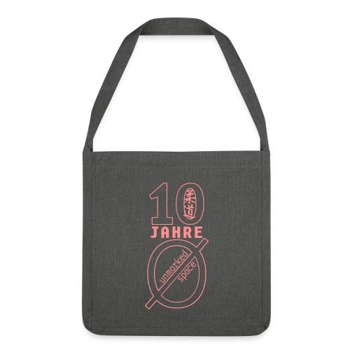 logo10 - Schultertasche aus Recycling-Material