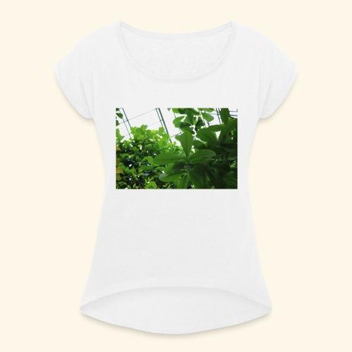 7C67B9AD 565E 4EE6 8B36 6AA32D5515A2 - Frauen T-Shirt mit gerollten Ärmeln