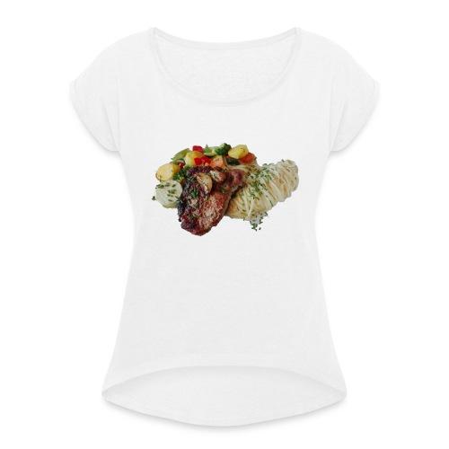 Steak mit Gemüse und Beilage - Frauen T-Shirt mit gerollten Ärmeln