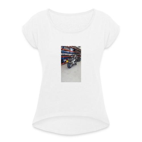 13528935_10208281459286757_3702525783891244117_n - Vrouwen T-shirt met opgerolde mouwen
