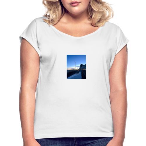 hastings - Vrouwen T-shirt met opgerolde mouwen