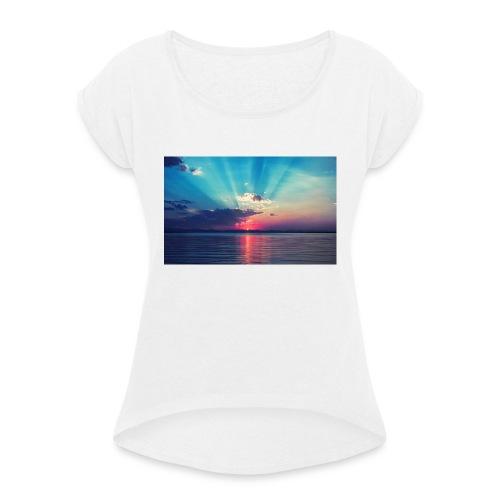 Primus- Sunrise T-shirt Weiß - Frauen T-Shirt mit gerollten Ärmeln