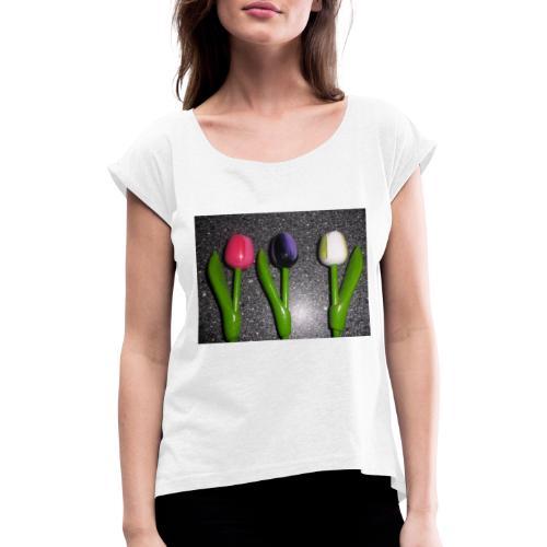 Bunte Holz Blumen - Frauen T-Shirt mit gerollten Ärmeln