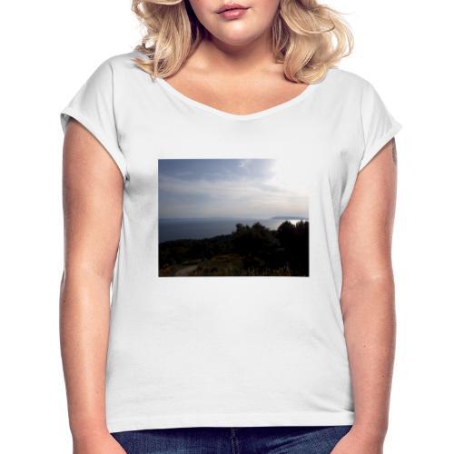 Croatia, Baska Voda - T-shirt med upprullade ärmar dam
