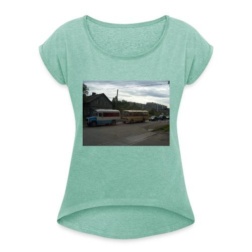 Sortavala - Naisten T-paita, jossa rullatut hihat