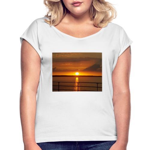 21199350 114059705944537 3458692839034841074 o - Dame T-shirt med rulleærmer
