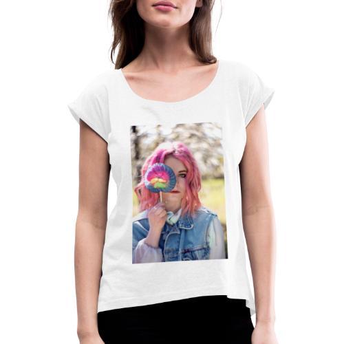 CANDY GIRIL WITH LOLLI - Frauen T-Shirt mit gerollten Ärmeln