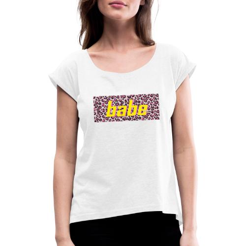 Collectie 'WILD BABE' - geel - Vrouwen T-shirt met opgerolde mouwen