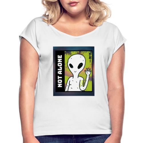 alien t shirt design maker featuring a smiling ali - Dame T-shirt med rulleærmer