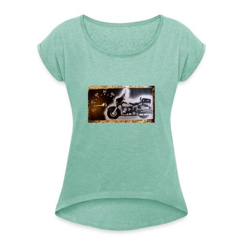 MP-kuva - Naisten T-paita, jossa rullatut hihat