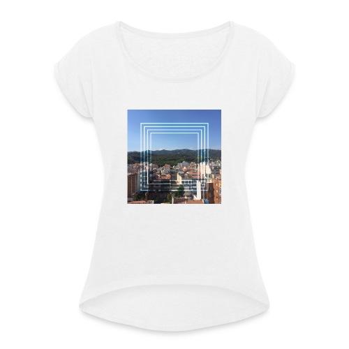 Calella in June - Vrouwen T-shirt met opgerolde mouwen