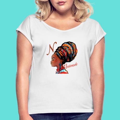 Image de mode - T-shirt à manches retroussées Femme