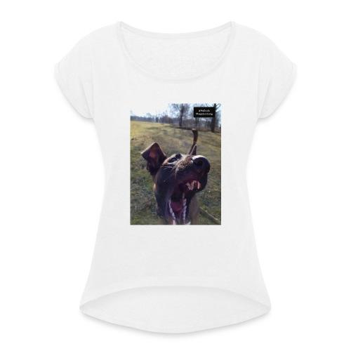 20190616 185803 - Frauen T-Shirt mit gerollten Ärmeln