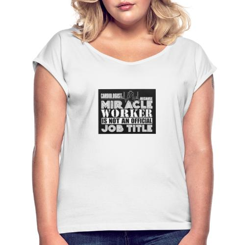Svart tryck - T-shirt med upprullade ärmar dam