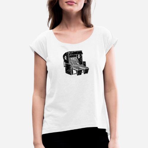 Strandkorb Illustration von Clarissa Schwarz - Frauen T-Shirt mit gerollten Ärmeln