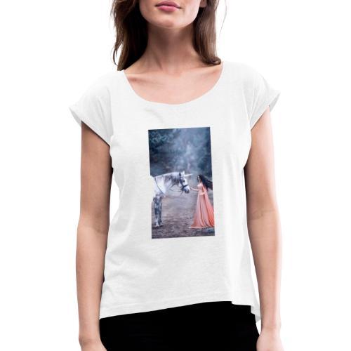 Unicornio con mujer bella - Camiseta con manga enrollada mujer