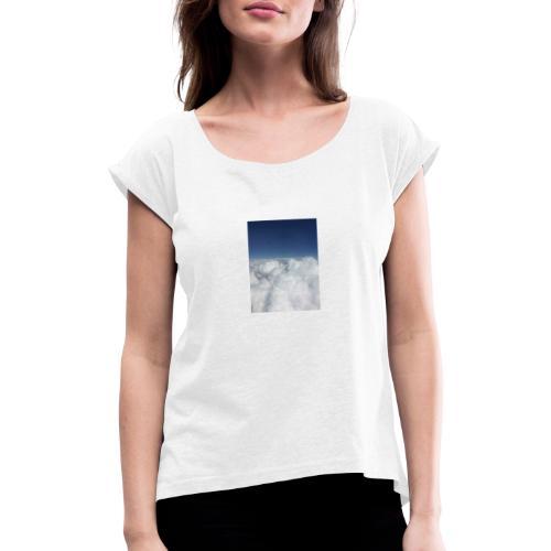 clouds - Vrouwen T-shirt met opgerolde mouwen