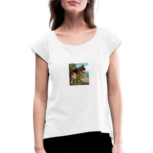 un chien berger allemand 4b257eb32ea8333f132a9071d - T-shirt à manches retroussées Femme