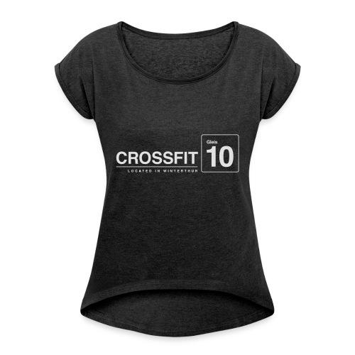 CrossFit_Gleis_10_Logo_1_White - Frauen T-Shirt mit gerollten Ärmeln