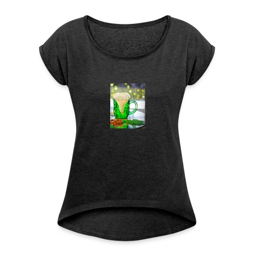 st patricks day green pint crop - Women's T-shirt with rolled up sleeves