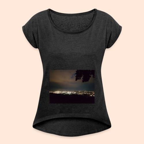20180614 221412 - Frauen T-Shirt mit gerollten Ärmeln