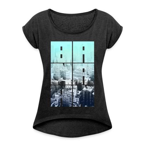 BANAAN 05 - Vrouwen T-shirt met opgerolde mouwen