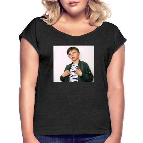FE9C6D2A 8234 4306 9426 E7820F70FEA6 - T-shirt med upprullade ärmar dam