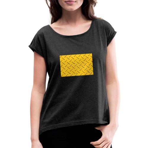 steel background yellow - T-skjorte med rulleermer for kvinner