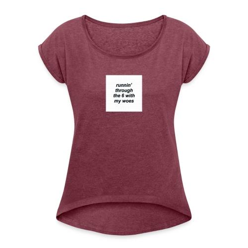 cap woes - Vrouwen T-shirt met opgerolde mouwen