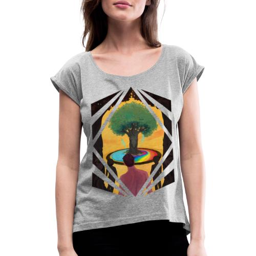 Traveller at the Tree of Creativity - Women's T-Shirt with rolled up sleeves