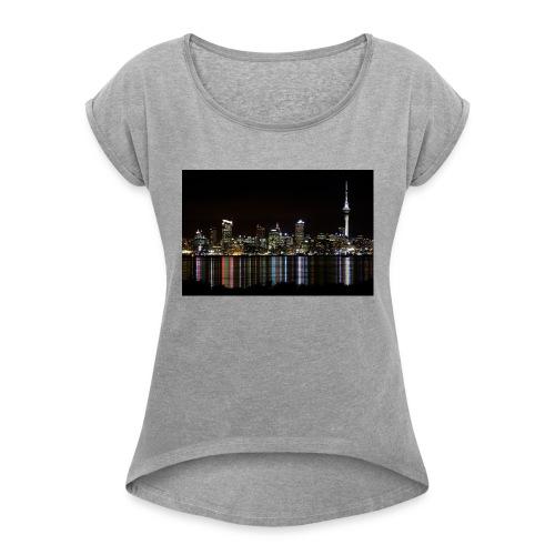 auckland-new-zealand - T-shirt med upprullade ärmar dam