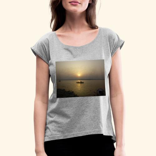 SUN Rise - Women's T-Shirt with rolled up sleeves