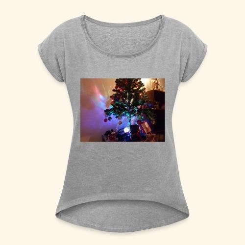 Weihnachten ist schön mit dem Party-Weihnachtsbaum - Frauen T-Shirt mit gerollten Ärmeln