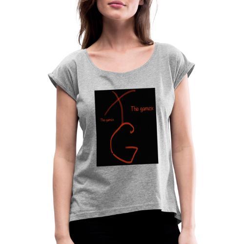 01FF2B69 2054 457A 864C D33D7B5E079A - T-shirt med upprullade ärmar dam