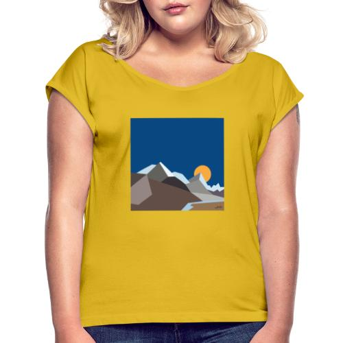 Himalayas - Women's T-Shirt with rolled up sleeves