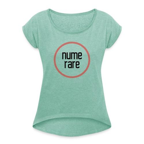 numerare svg - Naisten T-paita, jossa rullatut hihat