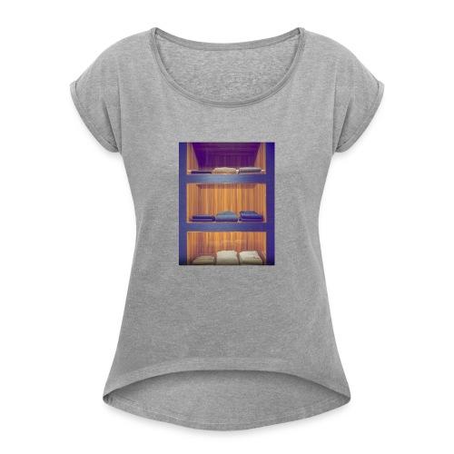 La mode - T-shirt à manches retroussées Femme