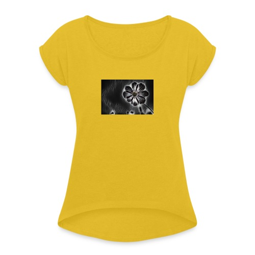 blackflower - Women's T-Shirt with rolled up sleeves
