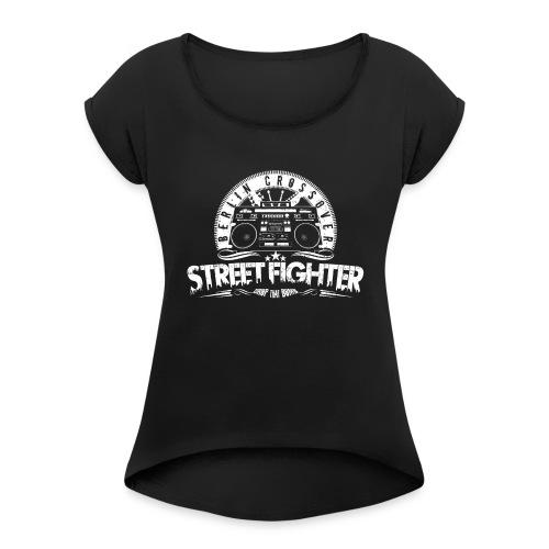 Street Fighter Band White - Frauen T-Shirt mit gerollten Ärmeln